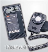 数字式照度计TES-1330A