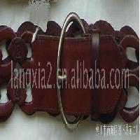 红棕色真皮编织带