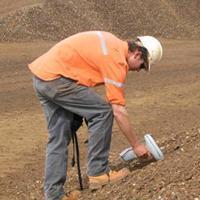 尼通手持式礦石分析儀 XLt 592WZ
