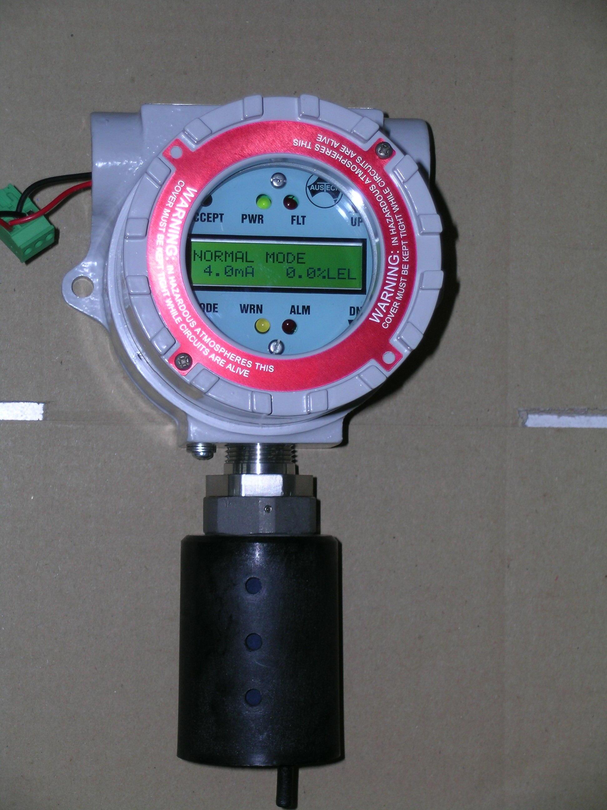 AUSTECH MCC 固定式红外线型易燃气体变送器