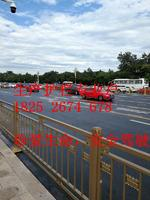 公路两边可喷漆或者抛光不锈钢护栏