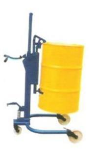 轻型液压油桶搬运车