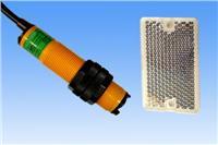 HG-M18-M2AO镜面反射式感应距离2m交流二线式常开型光电开关 HG-M18-M2AO