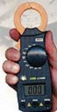 数字钳形电流表 ST-2600