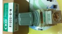 CKD薄型压力表:成都善荣供货 FBU2-8M-S-02-6-T3-H3
