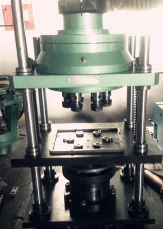 强力固定式多轴器配钻模及夹具(四导柱)