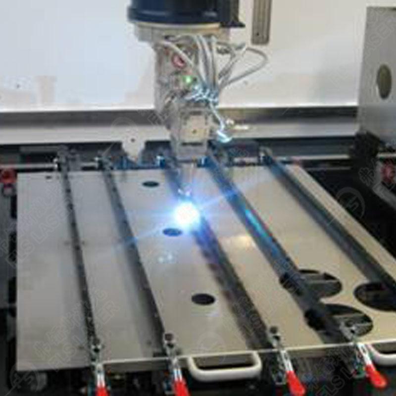 激光焊接机在汽车工业中的应用简介